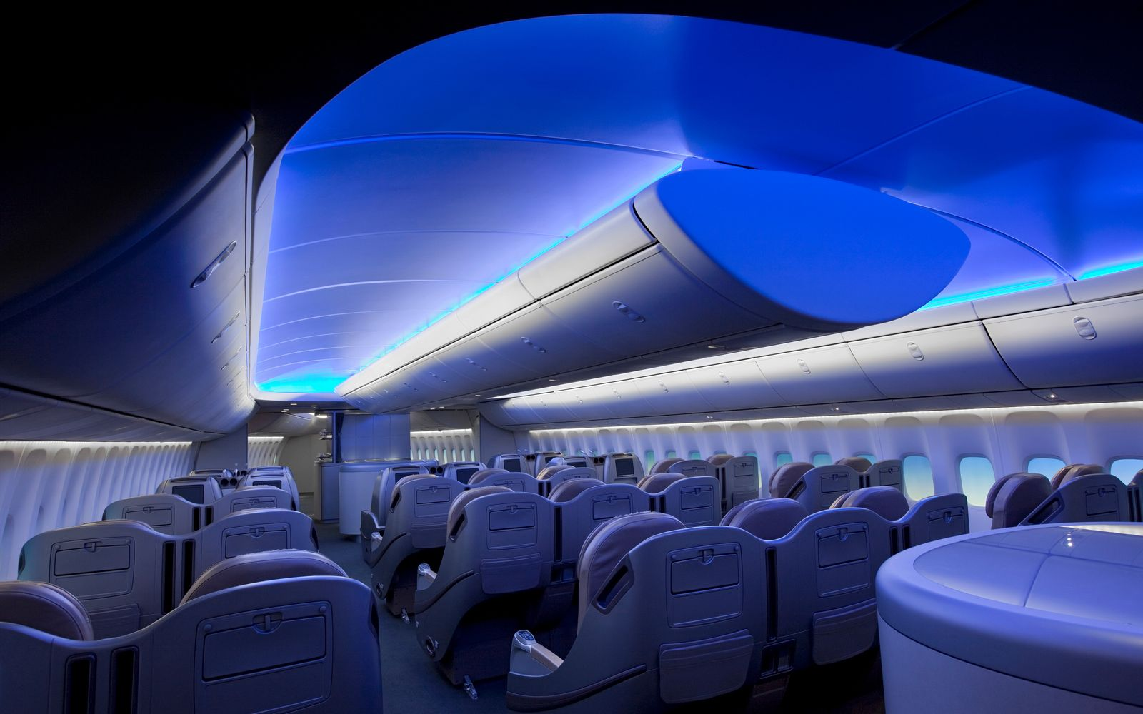 Boeing 747 8 intercontinental interior pictures to pin on for Boeing 747 8 interieur